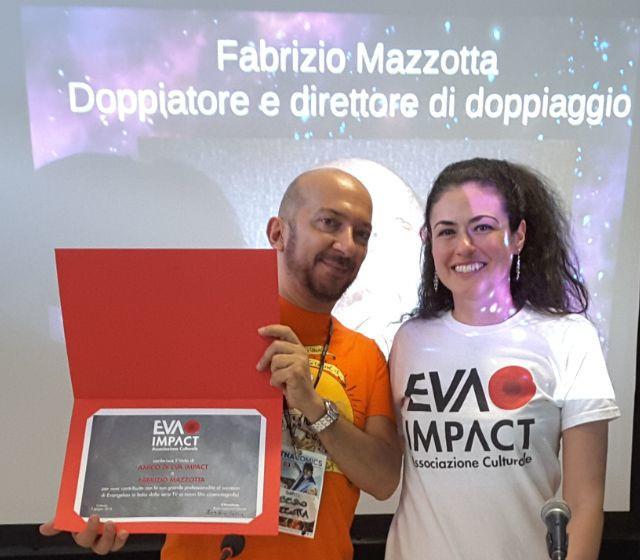 Fabrizio Mazzotta, attore-doppiatore e direttore del doppiaggio, viene insignito del titolo Amico di EVA IMPACT